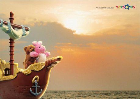 toysrus_titanic.jpg
